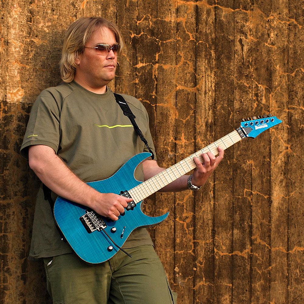 Magnus Olsson | ARTISTS | Ibanez guitars on