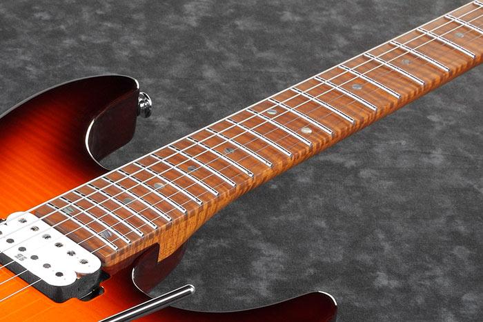 AZ2402FF-kitaran lämpökäsitelty loimuvaahteraotelauta