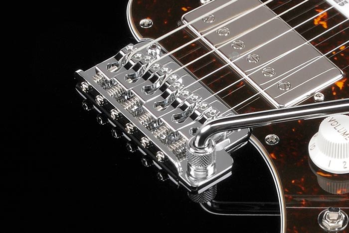 Gotoh® T1702B tremolo bridge