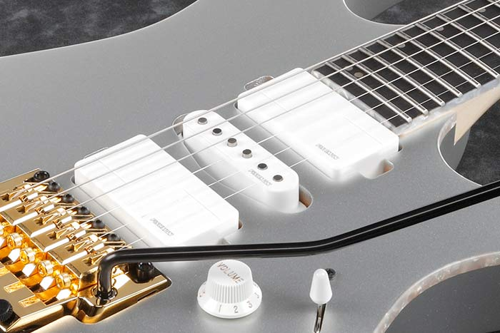 Fishman® Fluence pickups w/voicing switch (RG5170)